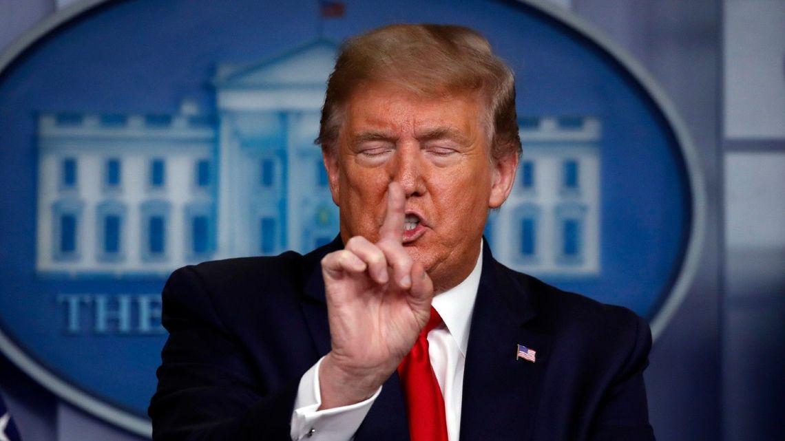 コロナ感染中のトランプ大統領ついにICUへ、更に人工呼吸器を装着か?現在の容態は